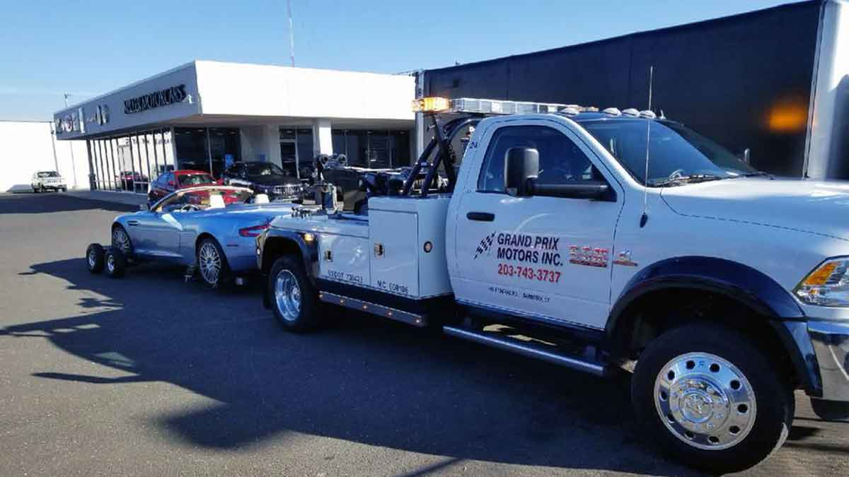 danbury small truck towing